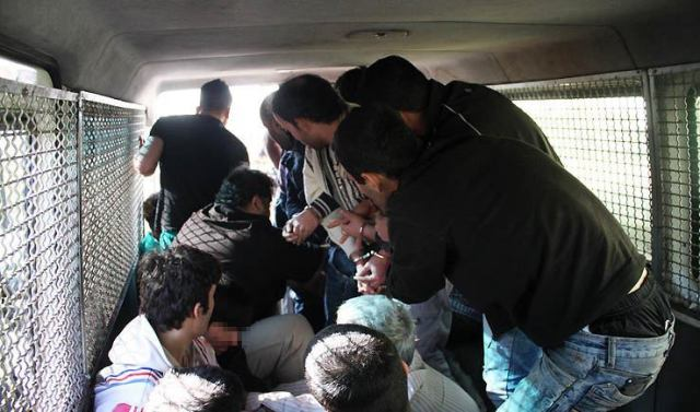 iran-youth-repression-2
