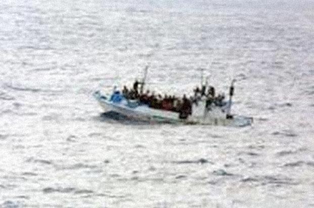 refugees-boat-2